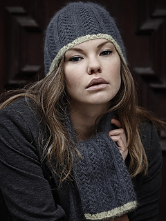 Lacy_hat_and_scarf_2_small2