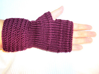 Herrinbone_fingerless_mittens_5_small2
