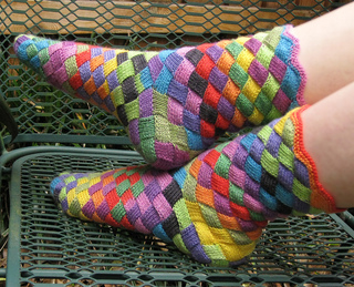 Entrelac_socks_2_small2