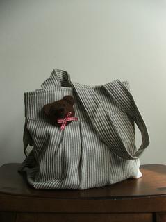 Bear_brooch_bag_small2