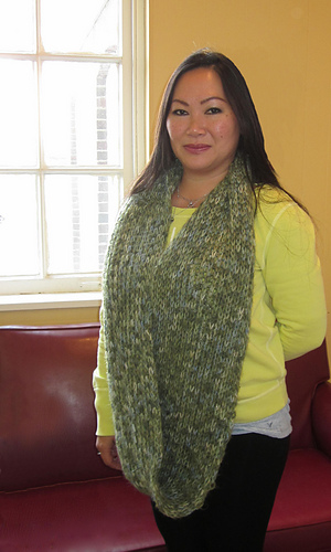 Kraemer Yarns Free Pattern Mountain Springs Infinity Cowl