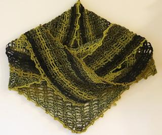 Lindascharf_shawl_jessseasy_small2