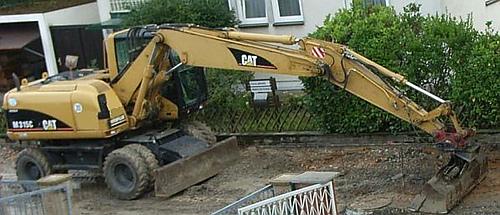 Construction_site_beanie6_medium