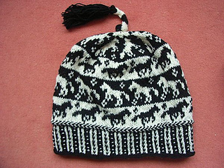 Horse_tail_beanie1_small2