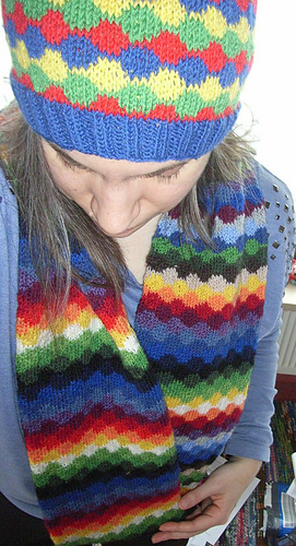 Infinity_rainbow_scarf2_medium