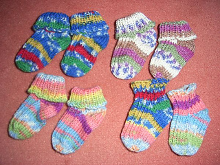 Baby_socks_bunt3_small2