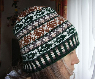 Squirrelbeanie2_small2