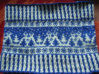 Snow_landscape_cowl2_small2