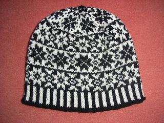 Black_star_beanie_small2