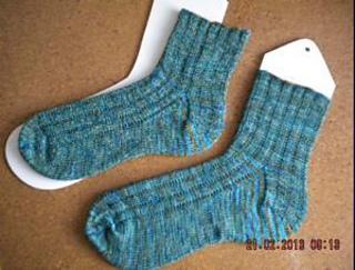 Anna_merry_band_socks_300_small2