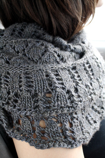 Grey_cowl_small_1_small2