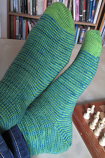 Lazy_day_socks_small2