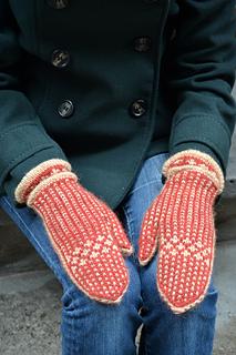 Chili-power-mittens-knitting-pattern_small2