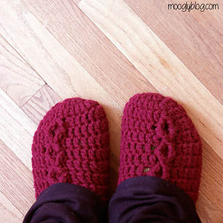 Slippers-on-unlabeled_small2