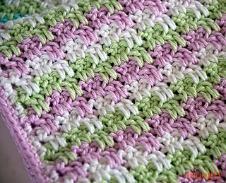 Stripes-and-blocks-blanket-closeup_small2