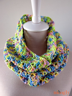 Splash-of-spring-cowl-web_small2