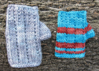 Grey_and_striped_mitt_small2