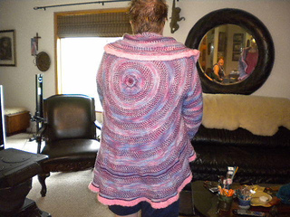 Teresa_modeling_the_back_of_her_circular_sweater_small2