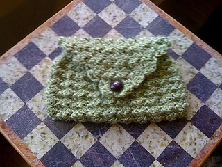 Green_clutch_small2