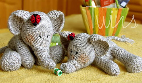 Elephants_medium