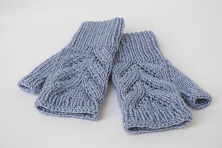 3__blue_fingerless_gloves_small2