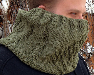 Kep_wearing_side_gaiter_small2