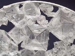 Nasa-salt-crystals-1_small2
