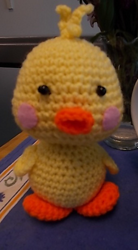 Chicks_and_bunny_001_medium