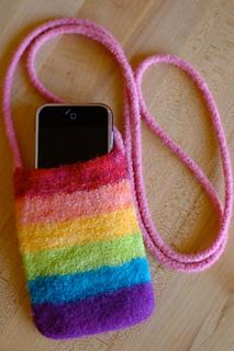Iphone_purse_rainbow2_small2