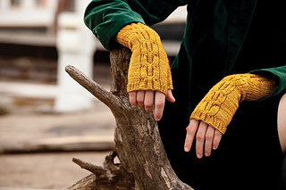 Brit_fingerless_detail_small2