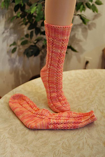 Delicatevinessocks_small2