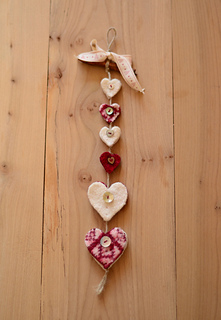 Sanquhar_heart_hanger_small2
