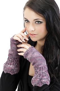 Fingerless_gloves_2_small2