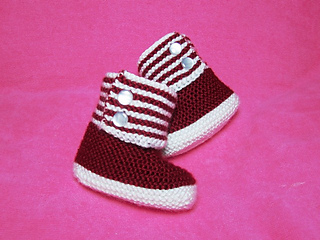 How_to_knit_boot_style_red_and_white_baby_booties_1_small2