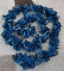 Ruffle_scarf_small
