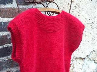 Pull_rouge_03_small2