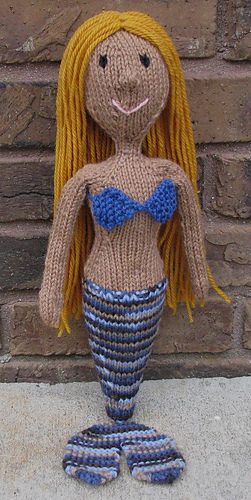 Blonde_mermaid_medium