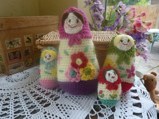 Russian_dolls__4__small2