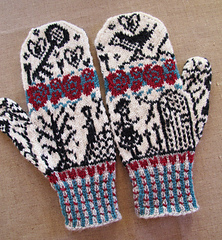 Secret Garden mittens by Tori Seierstad